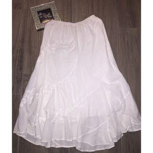 🕊Bohemian White Embroidered Skirt